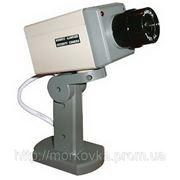 Муляж камеры наблюдения двигающийся с датчиком, Видео камера обманка, видеокамера, купить фото