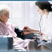 Услуги сиделки и медсестры фото