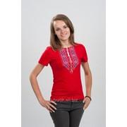 Футболка женская с вышивкой Орнамет, красная 52 фото