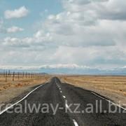 Устройство асфальтобетонного покрытия автодорог и взлетно-посадочных полос аэродромов фото