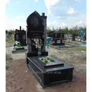 Памятники гранитные производство под заказ фото
