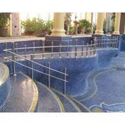 Лестницы для бассейна фото