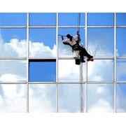 Промышленный альпинизм, мойка окон, витражей фото