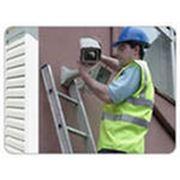 Обслуживание систем видеонаблюдения Установка систем видеонаблюдения (монтаж настройка оборудования) Гарантийное и послегарантийное обслуживание фото