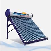 Солнечный водяной коллектор фото