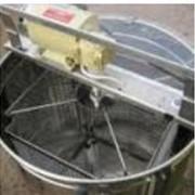 Инструменты для пчеловодства. фото