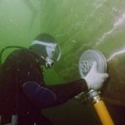 Подводная очистка корпуса судна и полировка винтов фото