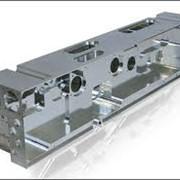 Токарно-фрезерна обробка металу. фото