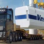 Эвакуатор Volvo с надстройкой фото