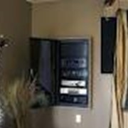 Монтаж акустических систем для озвучивания торговых залов фото