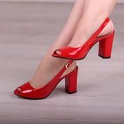 Женские лаковые босоножки на каблуке, в расцветках. ДС-10-0618 фото