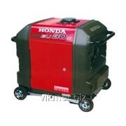 Инверторный генератор Honda EU30is фото