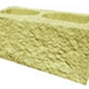 Декоративный блок желтый фото