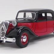 Модели автомобилей масштабные,масштабные модели 1:24, CITROEN 15 CV TA (1938) черный в масштабе 1:24 фото