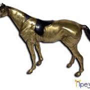 Бронзовая статуэтка лошади с седлом фото