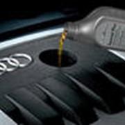 Полностью синтетическое моторное масло фото