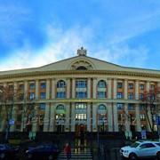 Университетская среда с «Первой Европейской гимназией Петра Великого». фото