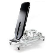 Специальный стол-вертикализатор. фото