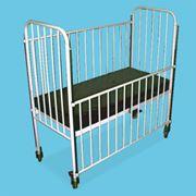 Кровать больничная с боковыми ограждениями фото