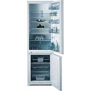 Холодильник встраиваемый AEG SC 81842 5I фото