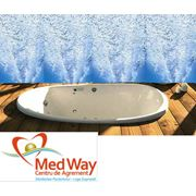 ВИХРЕВЫЕ ВАННЫ. Многие из нас любят гулять под теплым летним дождем ощущая на своем теле его тугие струи. Повторить это ощущение можно при помощи вихревых ванн. фото