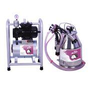 Агрегаты вакуумные для машинного доения коров фото