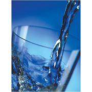 дистиллированная вода фото