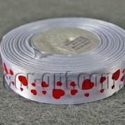 Лента атласная белая с красными сердцами 2,5 см 50 ярд 01# 570385 фото