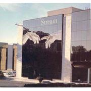 Реклама на здании конструкции рекламные фото