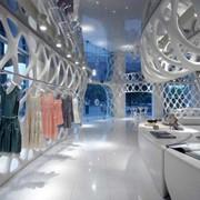 Оказываем помощь в открытии магазинов французской и итальянской одежды фото