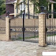 Ворота кованые металлические распашные фото