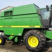 Продажа, зерноуборочный комбайн John Deere 2258 фото
