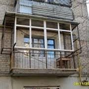 Вынос балконной рамы фото