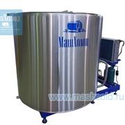 Холодильная установка для молока открытого типа серии realcool m2 с емкостью из нержавеющей стали вместимостью 2000 литров фото