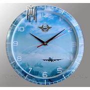 Настенные часы с логотипом фото