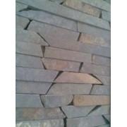 Добыча камня для строительства. фото