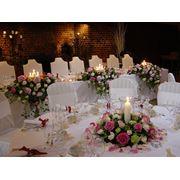 Услуги по свадебному цветочному оформлению в Алматы фото