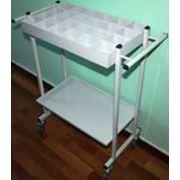 Поставка мебели медицинской: Столик таблетница фото