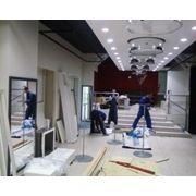 Монтаж-демонтаж торгового оборудования, сборка и монтаж торговой мебели фото