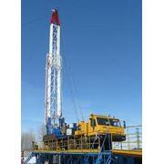 Освоение и бурение нефтяных скважин передвижными установками фото