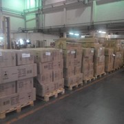 Обычное хранение грузов на полу фото