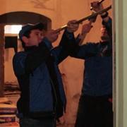 Снятие дверного полотна, демонтаж наличников, демонтаж дверной коробки. фото