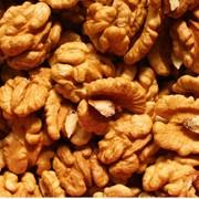 Грецкие орехи, горный мед, ледниковая вода - все продукты на высоте 2200-2500м над уровнем моря, овощи фрукты свежие и сухофрукты фото