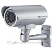 Уличная цветная видеокамера с вариофокальным объективом 6-50мм. фото