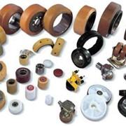 Восстановлением полиуретанового покрытия роликов, ремонт складских тележек фото