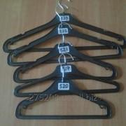Вешалки для верхней одежды. фото