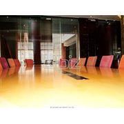 Проведение круглых столов пресс-конференций брифингов фото