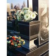 Ваза на могилу фото