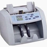 Счетчик банкнот LAUREL серии J 700. Рекомендуется использовать в магазинах, на предприятиях, обменных пунктах для пересчета небольших объемов наличности. фото