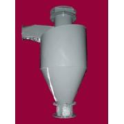 Циклоны-разгрузители типа У13-БЦР предназначены для отделения от воздуха транспортируемого материала и вывода его из пневмотранспортной установки. Предназначены для использования на всасывающих пневмоустановках. фото